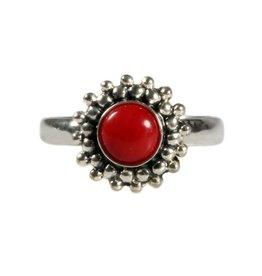 Zilveren ring koraal (rood gekleurd) maat 17 1/4 | rond bolletjes