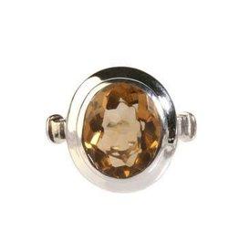 Zilveren ring citrien (verhit) maat 17 1/2   ovaal 9 x 12 mm