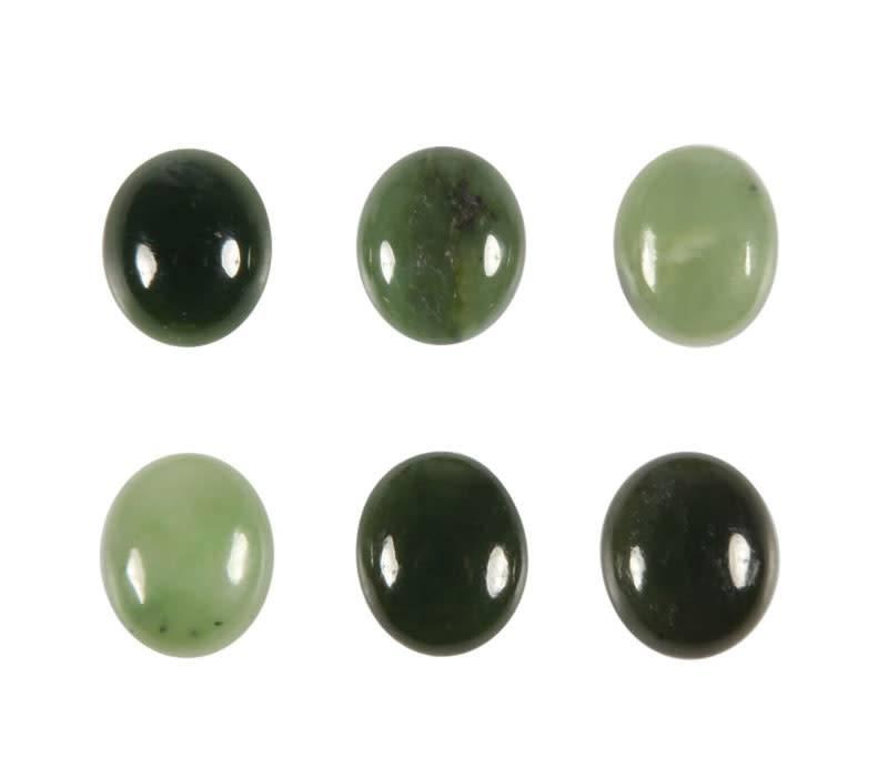 Jade cabochon ovaal 12 x 10 mm