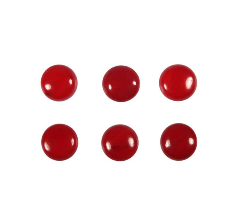 Koraal (rood gekleurd) cabochon rond 6 mm