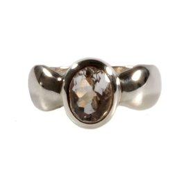 Zilveren ring bergkristal maat 18 1/4   ovaal facet 9 x 7 mm