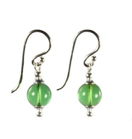 Zilveren oorbellen barnsteen (natuurlijk groen) rond 8 mm