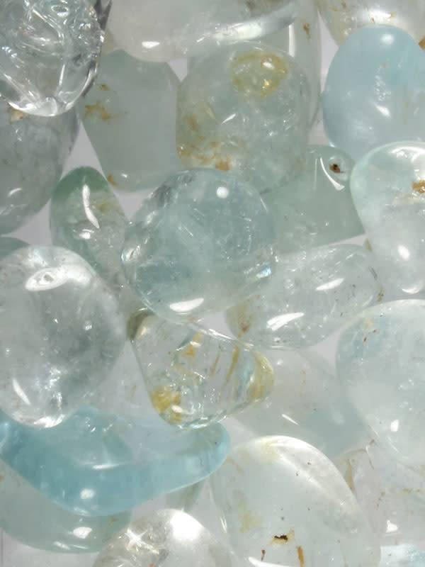 Topaas (lichtblauw) steen getrommeld 2 - 5 gram