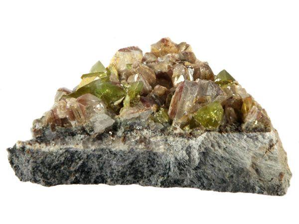 Titaniet (sfeen) kristallen 6,4 x 4,7 x 2,5 cm / 69,5 gram