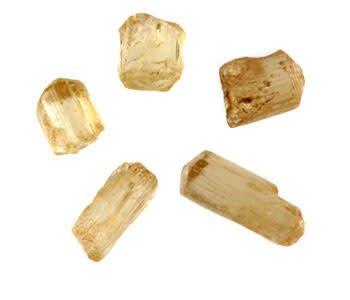 Scapoliet (geel) kristal 3 - 5 gram