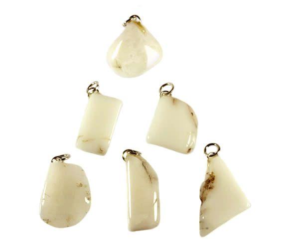 Opaal (cacholong) hanger