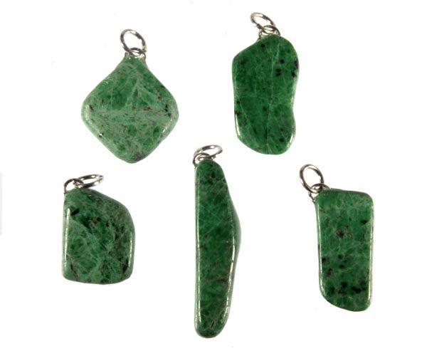 Maw sit sit (jade met albiet) hanger