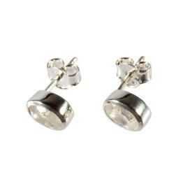 Zilveren oorstekers maansteen (regenboog) ovaal facet 7 x 5 mm