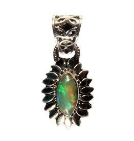 Zilveren hanger opaal (edel) markies bloem