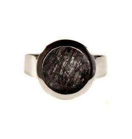 Zilveren ring toermalijnkwarts maat 18 | rond facet 10 mm