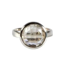Zilveren ring bergkristal maat 17   rond facet 1,2 cm