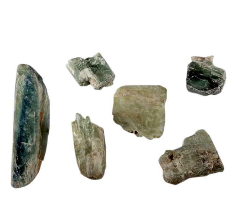 Kyaniet (groen) ruw 5 - 10 gram
