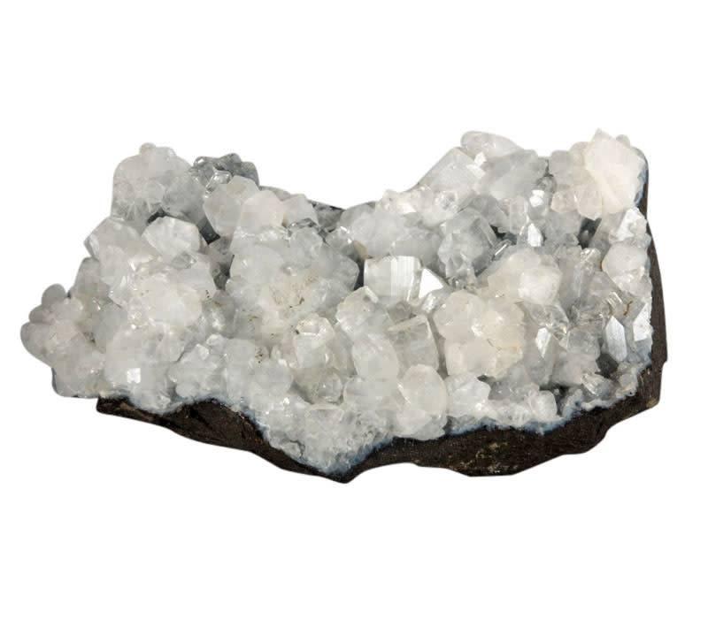 Apofylliet kristallen op chalcedoon (blauw) cluster 13 x 8 x 6 cm / 643 gram