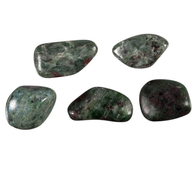Eklogiet steen getrommeld 5 - 10 gram