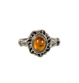 Zilveren ring barnsteen maat 17 1/2 | ovaal krullen