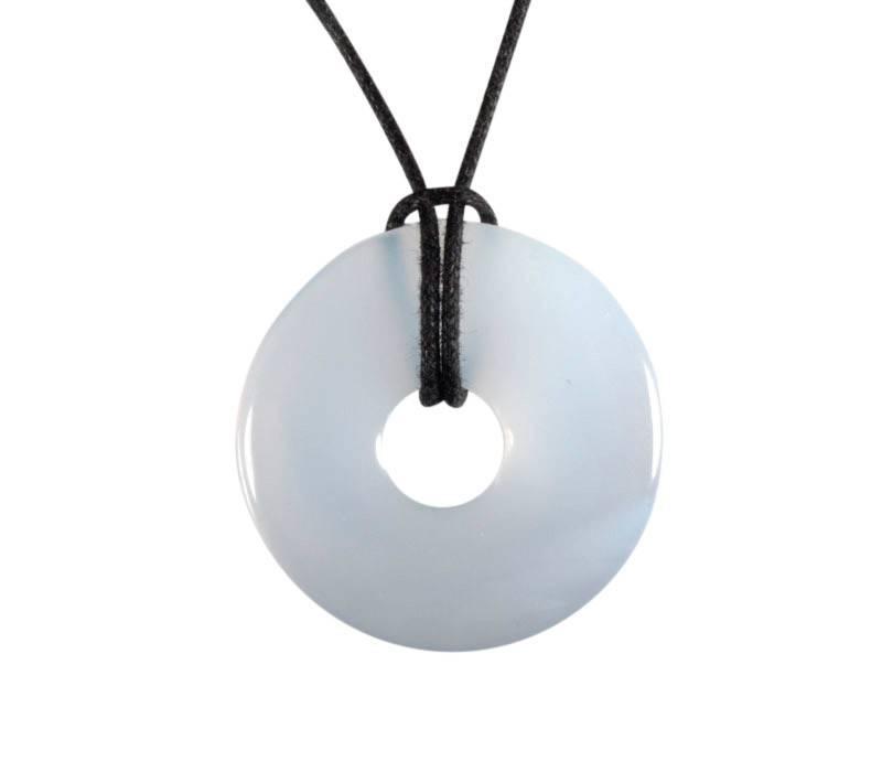 Chalcedoon (egaal) hanger donut 2,5 - 3 cm