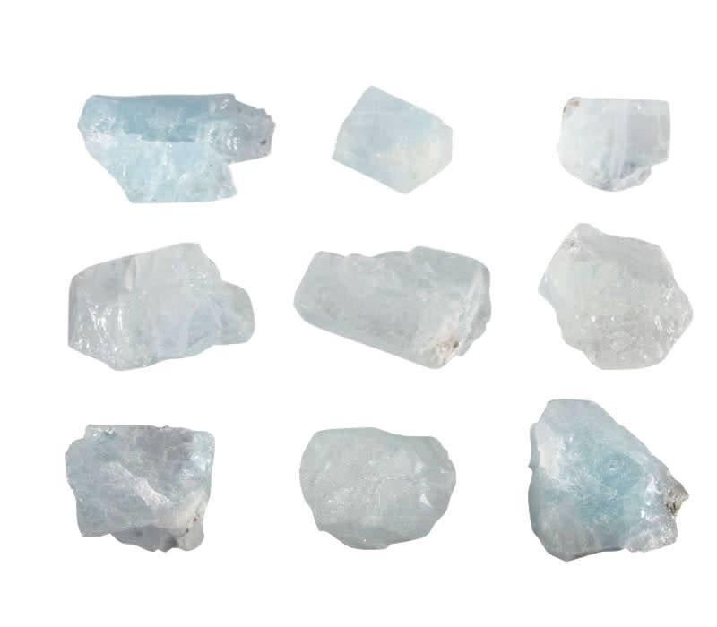 Aquamarijn (lichtblauw) ruw 20 - 30 gram