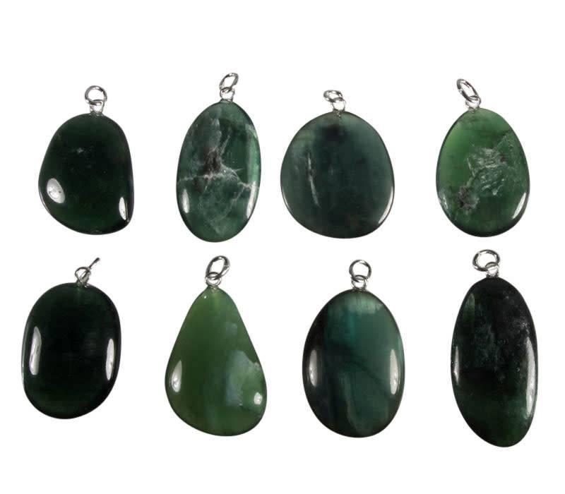 Kyaniet (groen) hanger met zilveren oogje