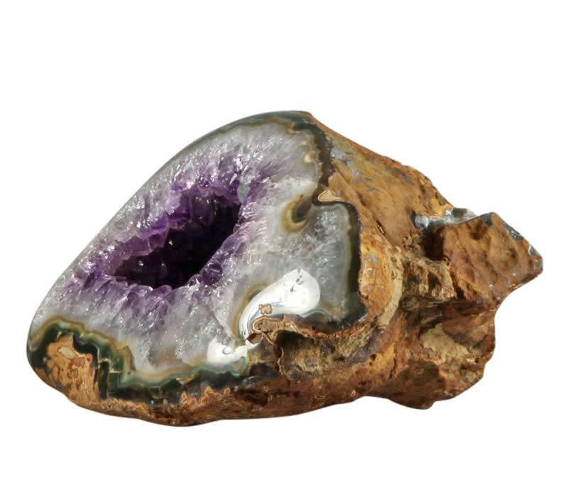 Amethist geode 13 x 10,5 x 7,5 cm / 1323 gram