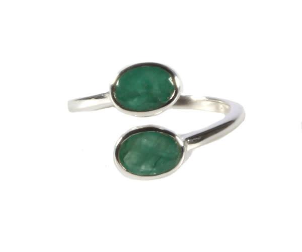 Zilveren ring smaragd maat 17 1/2 | 2 ovalen
