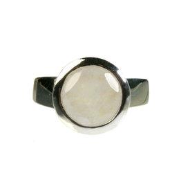 Zilveren ring maansteen (regenboog) maat 20 1/2 | rond facet 10 mm