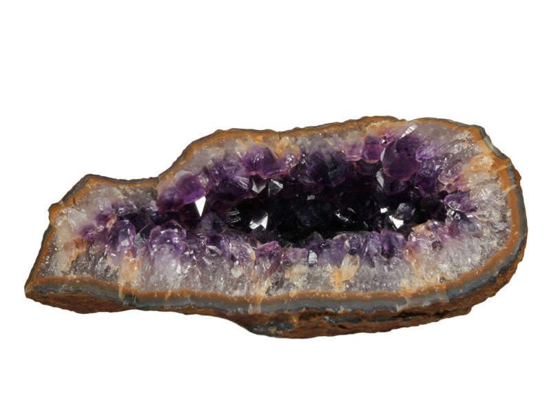 Amethist geode 17 x 9,5 x 7,5 cm / 1058 gram