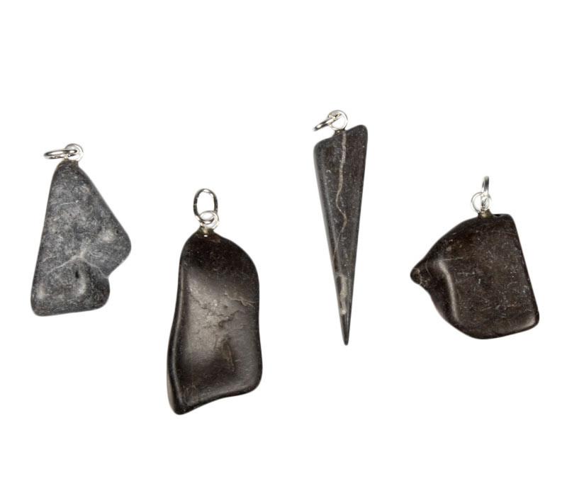 Master shamanite hanger met zilveren oogje