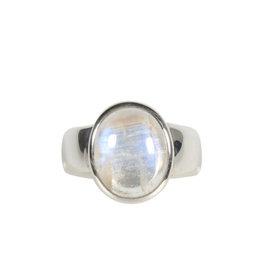 Zilveren ring maansteen (regenboog) maat 17   ovaal 1,2 x 1 cm