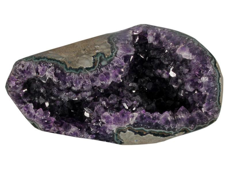 Amethist geode 19 x 6,5 x 11 cm   1746 gram