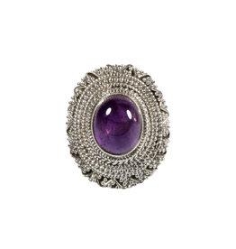 Zilveren ring amethist maat 18 1/2 | ovaal 1,2 x 0,9 cm