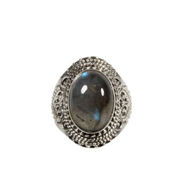 Zilveren ring labradoriet maat 17 1/2 | ovaal 1,4 x 1 cm