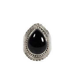 Zilveren ring onyx maat 17 | druppel 1,5 x 1,1 cm