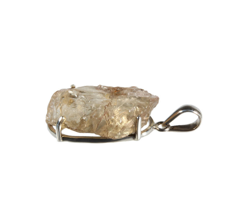 Zilveren hanger labradoriet (goud)   ruw gezet 3,2 x 2,2 cm