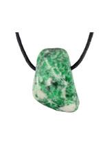 Maw sit sit (jade met albiet) hanger doorboord