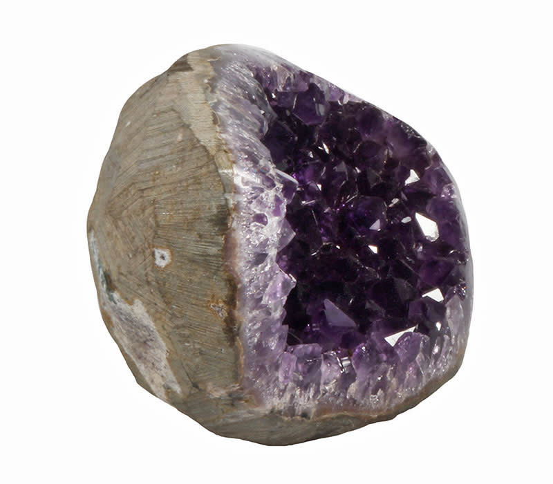 Amethist geode 10,5 x 7,5 x 5 cm   466 gram