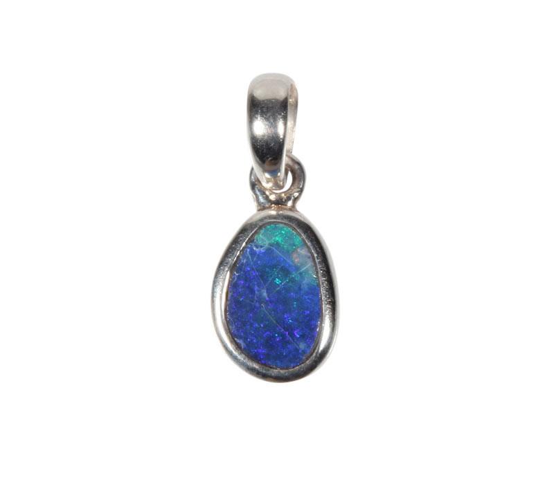 Zilveren hanger opaal (Australië) doublet | 1 x 0,7 cm