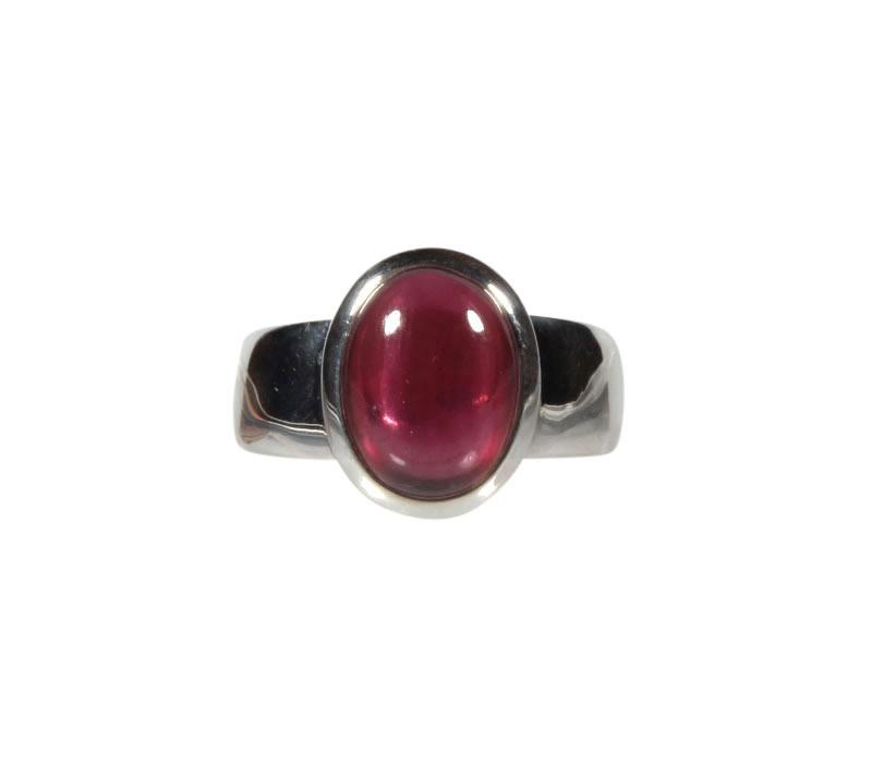 Zilveren ring rhodoliet (granaat) maat 18 | ovaal 1,1 x 0,9 cm