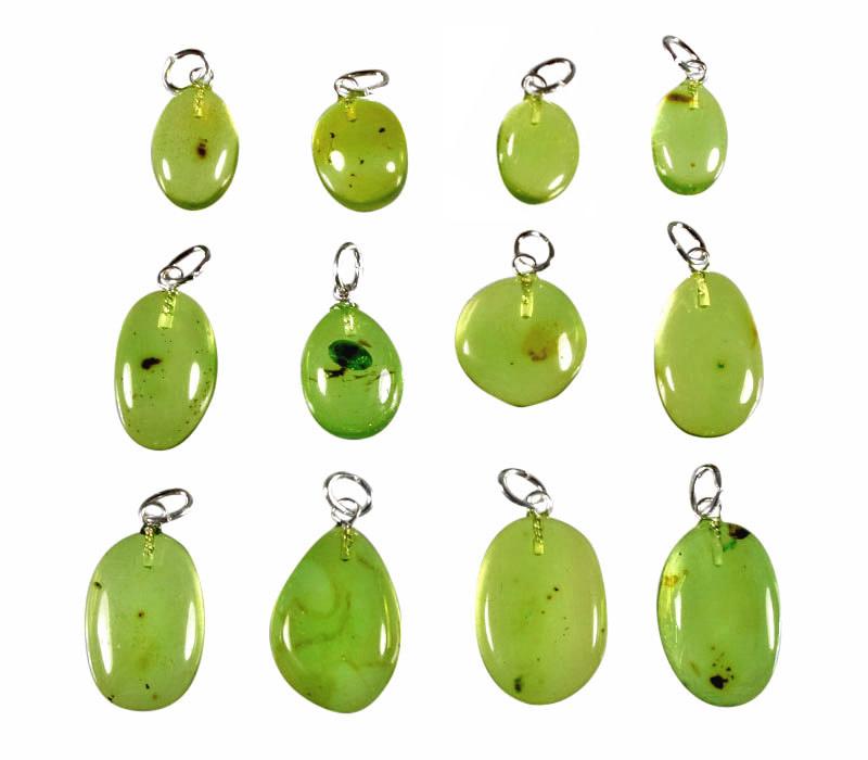 Barnsteen (natuurlijk groen) hanger met zilveren oogje