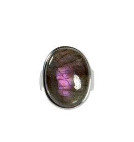 Zilveren ring labradoriet maat 17 3/4 | ovaal 2,1 x 1,6 cm