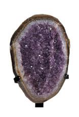Amethist cluster 23,5 x 16 x 4,5 cm / 1557 gram | met standaard
