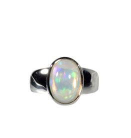 Zilveren ring opaal (Edel) maat 17 3/4   1,2 x 0,9 cm