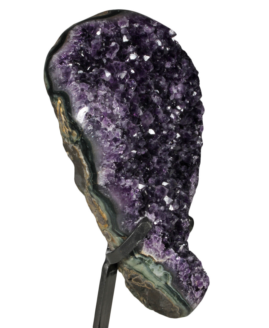 Amethist cluster 31 x 22 x 12 cm / 7,74 kg | met standaard