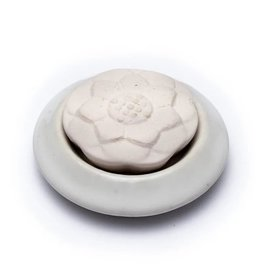 Aromasteen met onderzetter lotus wit