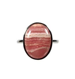 Zilveren ring rhodochrosiet maat 18 1/4   ovaal 1,3 x 1,7 cm