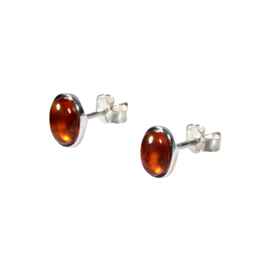 Zilveren oorstekers barnsteen ovaal 7 x 5 mm