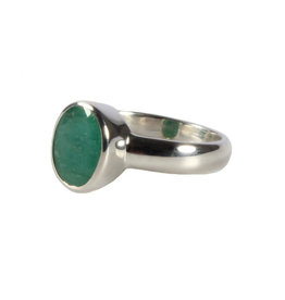 Zilveren ring smaragd maat 18 1/2   ovaal facet 10 x 8 mm