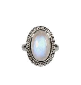 Zilveren ring maansteen (regenboog) maat 18 1/2 | ovaal ribbelrand 1,8 x 1,2 cm