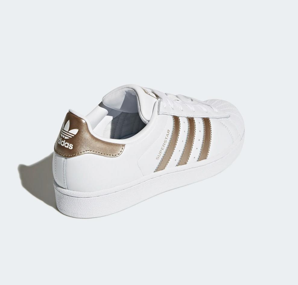 Superstar Footwear White / Cyber Metallic
