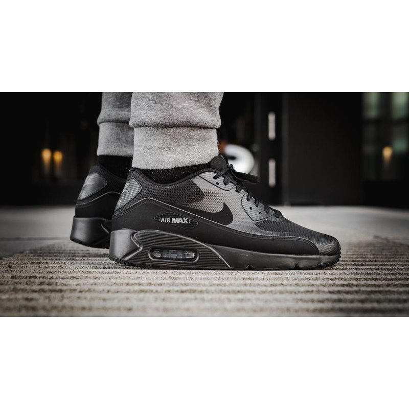 Air Max 90 Ultra 2.0 Essential Zwart