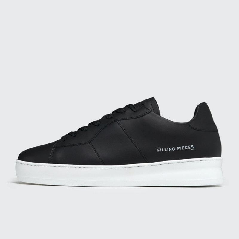 Low Plain Court Black